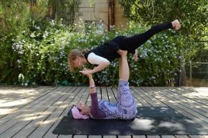 Acro Yoga Sarede and me